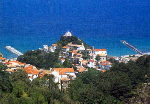 KARLOVASI - Stretched out imposingly in the more northern side of island Samos and gone around from green villages with a lot of vegetation and beaches with crystal clear waters, is found Karlovasi, the second largest town on the island, 35 km from Vathi.